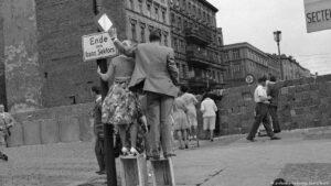 Bau der Mauer 1961
